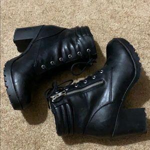 Bongo Black Boots